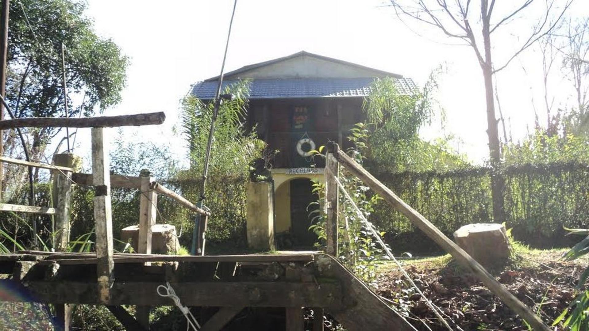 Venta de casa sobre Arroyo Curubica delta de Tigre