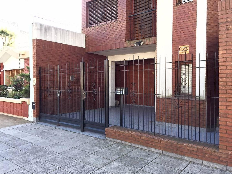 Villa Devoto - PH 5ambientes frente/balcon/cochera/excelente Estado!