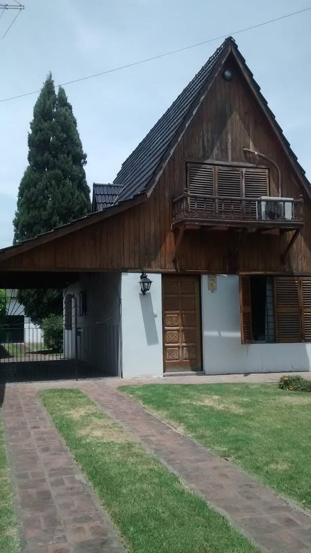 Venta de Casa en Villa Morra zona Pilar, Gran Bs.As., Argentina, Estilo Italiana