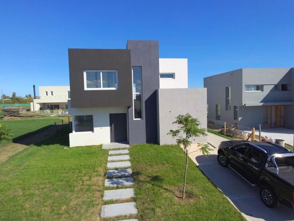 Casa en Venta en Buenos Aires, Pdo. de Tigre, Countries y Barrios Cerrados Nordelta, Nordelta Castaños