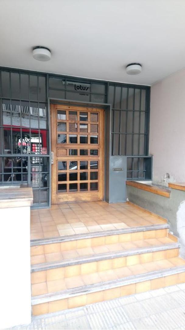 Vendo departamento  dos dormitorios Còrdoba-centro