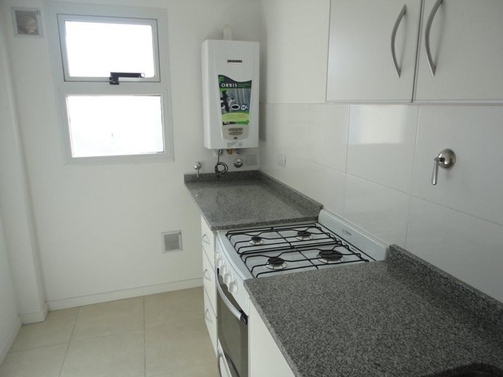 XINTEL(MUI-MUI-2975) Departamento - Alquiler - Argentina, Mar del Plata - ALVARADO  AL 3100