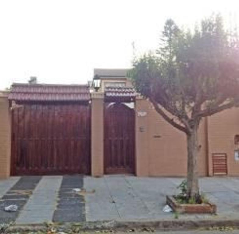 Casa en Venta de 4 ambientes en Buenos Aires, Pdo. de General San Martin, Villa Ballester
