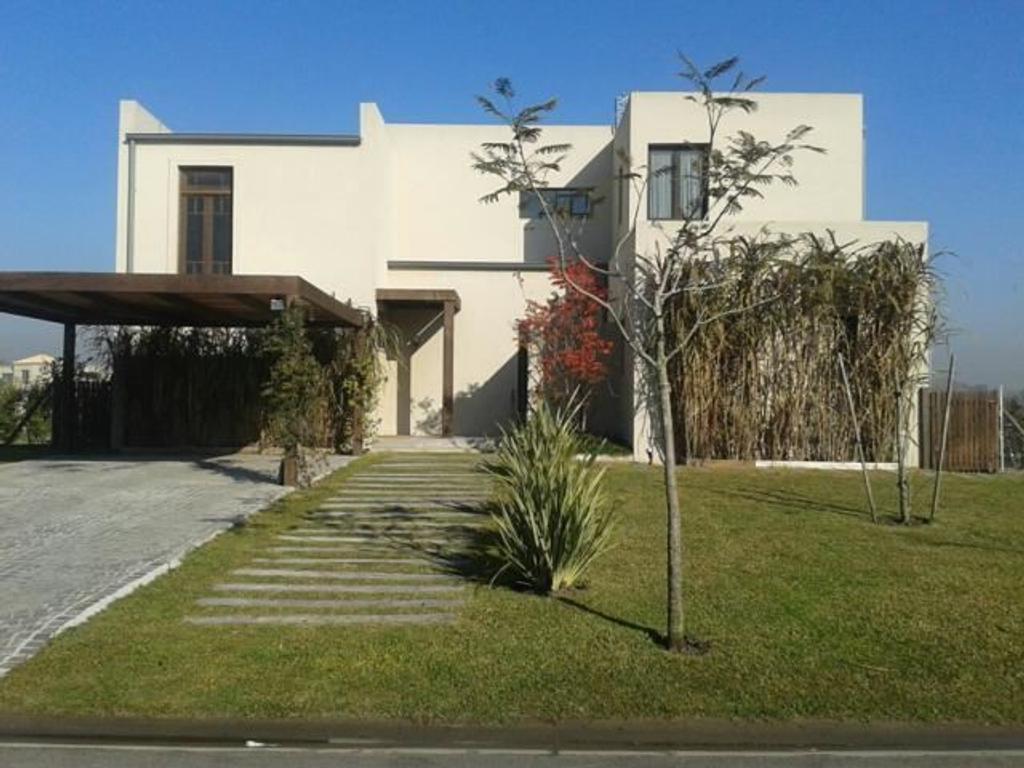 Casa en Venta de 4 ambientes en Buenos Aires, Pdo. de Tigre, Countries y Barrios Cerrados Tigre, Albanueva
