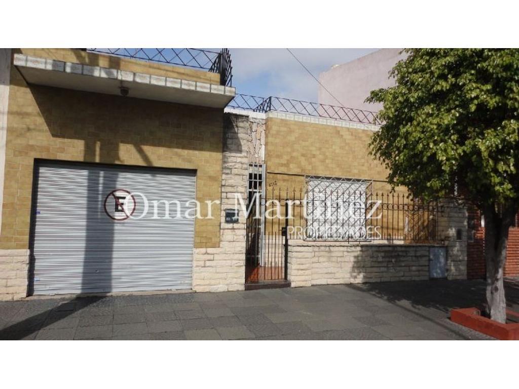 Casa - Venta - Argentina, Caseros - Agustin Cafferata  AL 4700