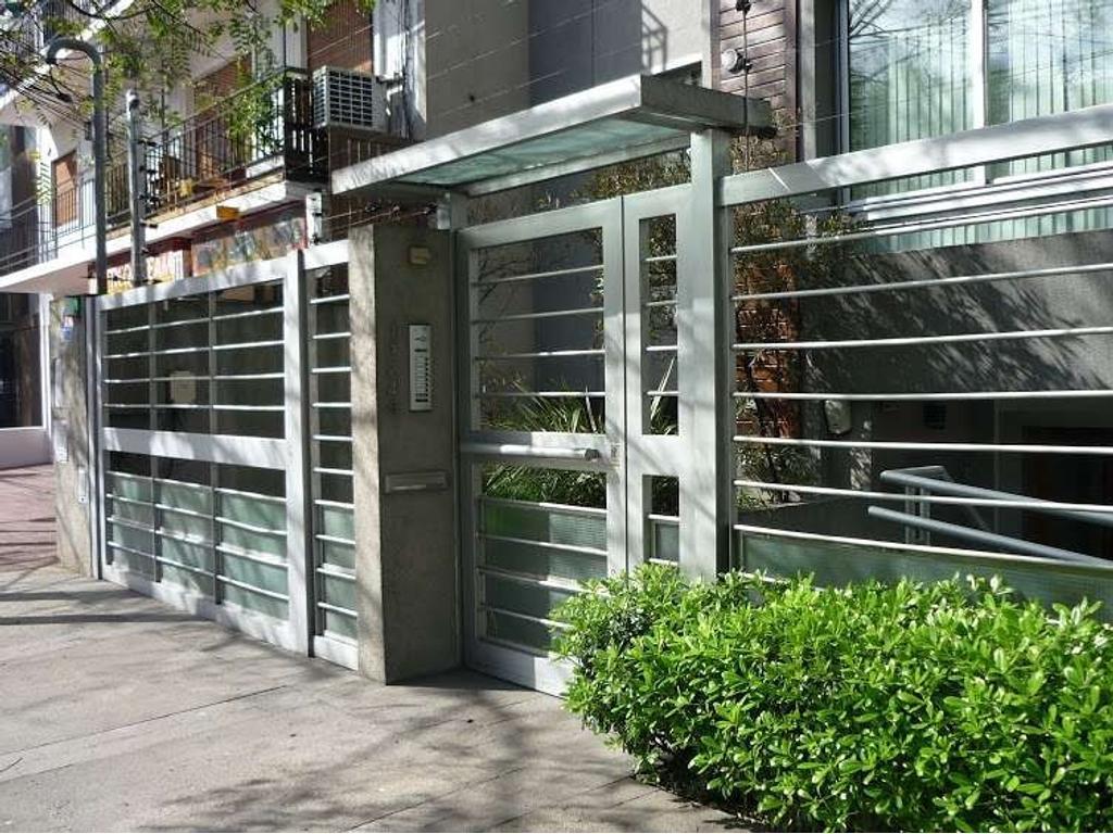 Semipiso. Living. Comedor. 3 dormitorio(s) 1 en suite. 2 baño(s) 1 toilette(s).Habitación de ...