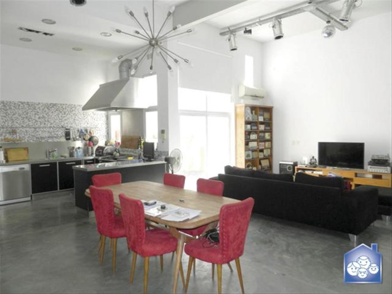 Casa en alquiler en g perez 3600 colegiales inmuebles for Alquiler de casas baratas en sevilla capital