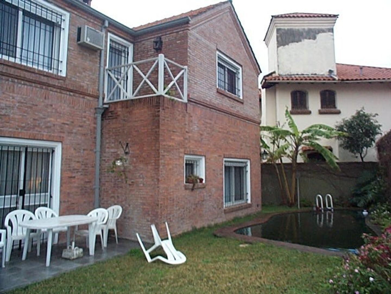 Excelente casa. Cerca de estación Acassuso - Foto 15