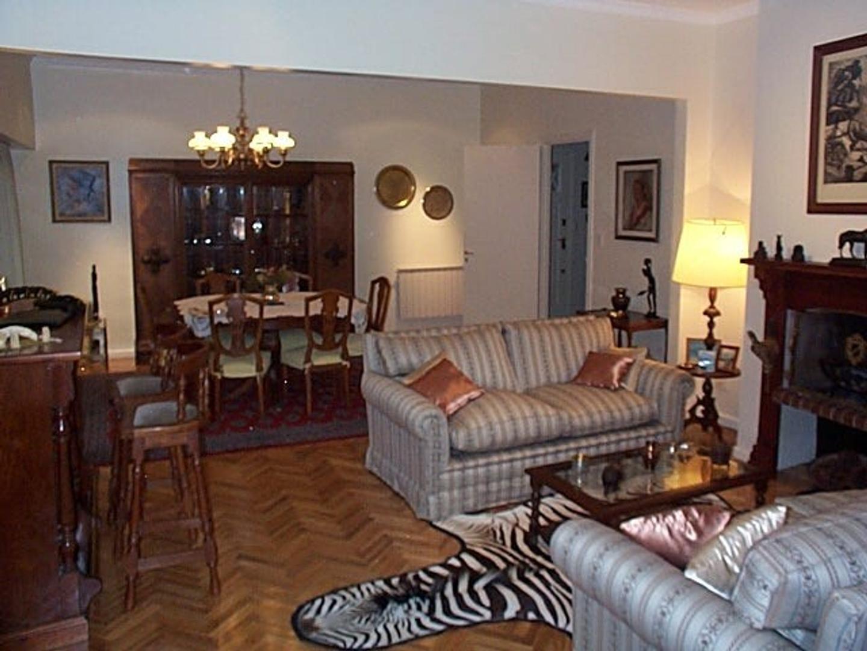 Casa en Alquiler - 4 ambientes - $ 90.000