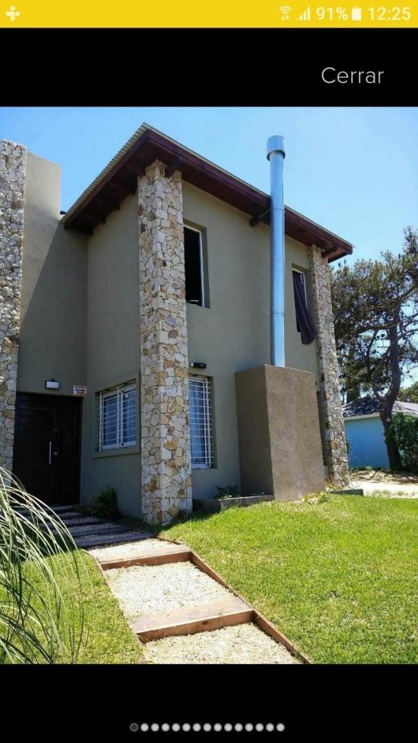 Casa En Venta, Mar Azul , 1 Cuadra Del Mar. Nueva !!