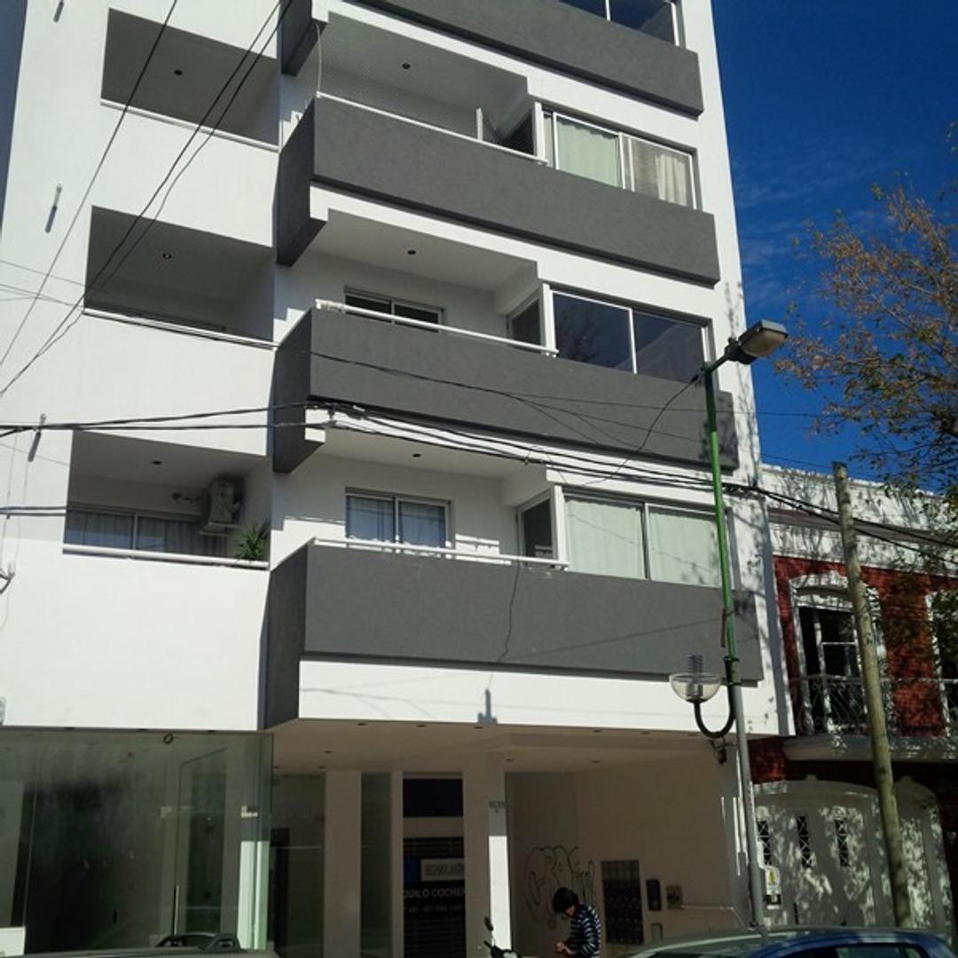 Alquiler muy lindo departamento 1 dormitorio con cochera! excelente zona cercana a facultades