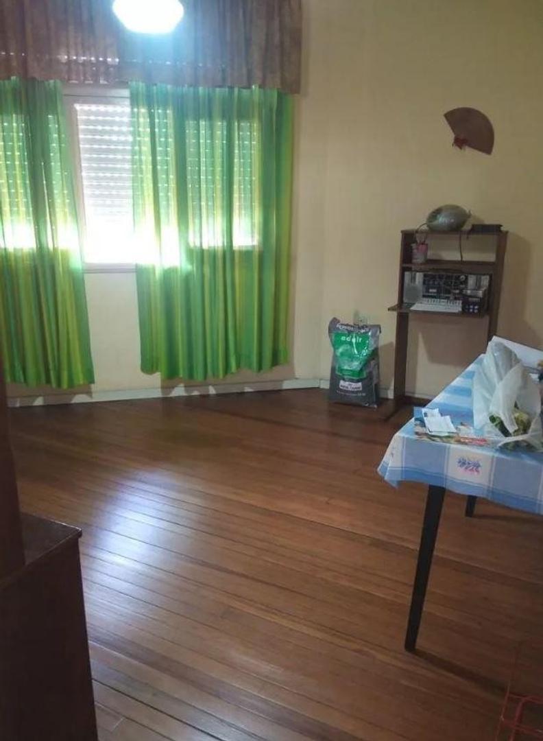 Casa en Venta en Barrio Naón - 4 ambientes