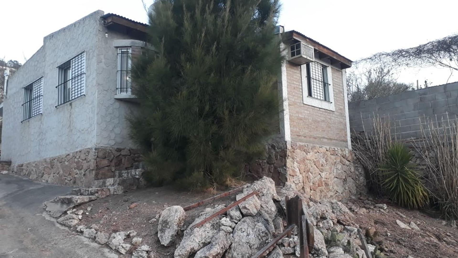 Casa en Venta en Villa Parque Siquiman - 3 ambientes