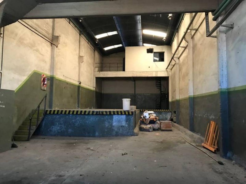Alquiler Depósito 314 m2 - Pompeya