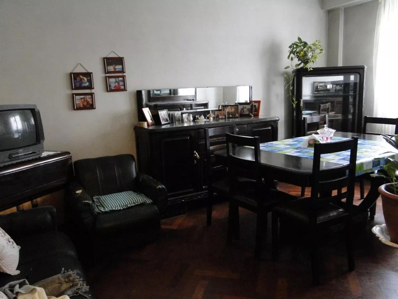 Departamento de 3 ambientes con balcon