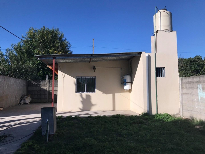 Casa en Alquiler en Burzaco - 3 ambientes