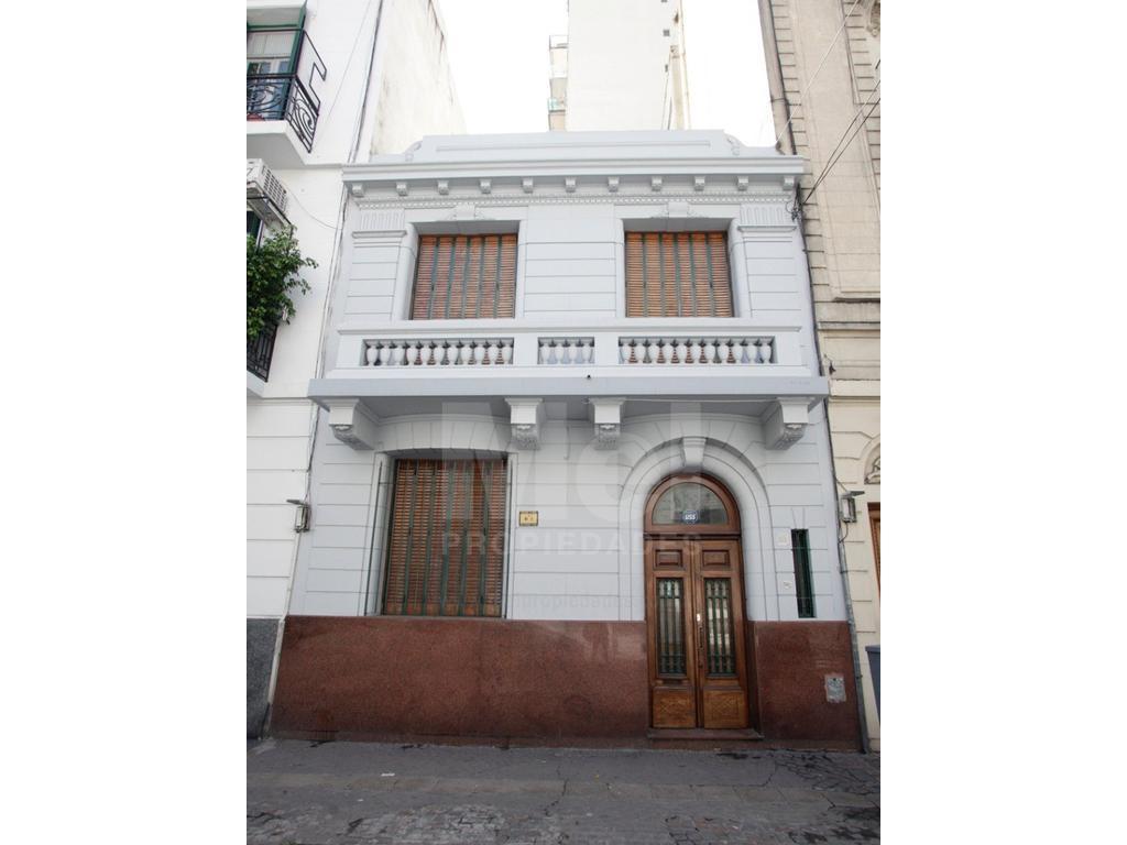 Excelente casa de estilo - 5 Amb - Con Patio Andaluz