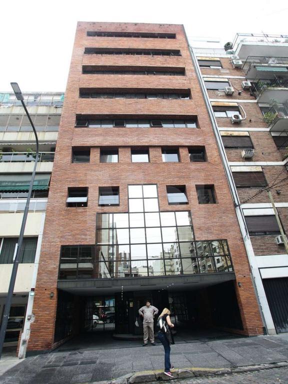 EXCELENTE OFICINA DE 100M2 CON COCHERA, EN MUY BUENA ZONA DE BELGRANO.
