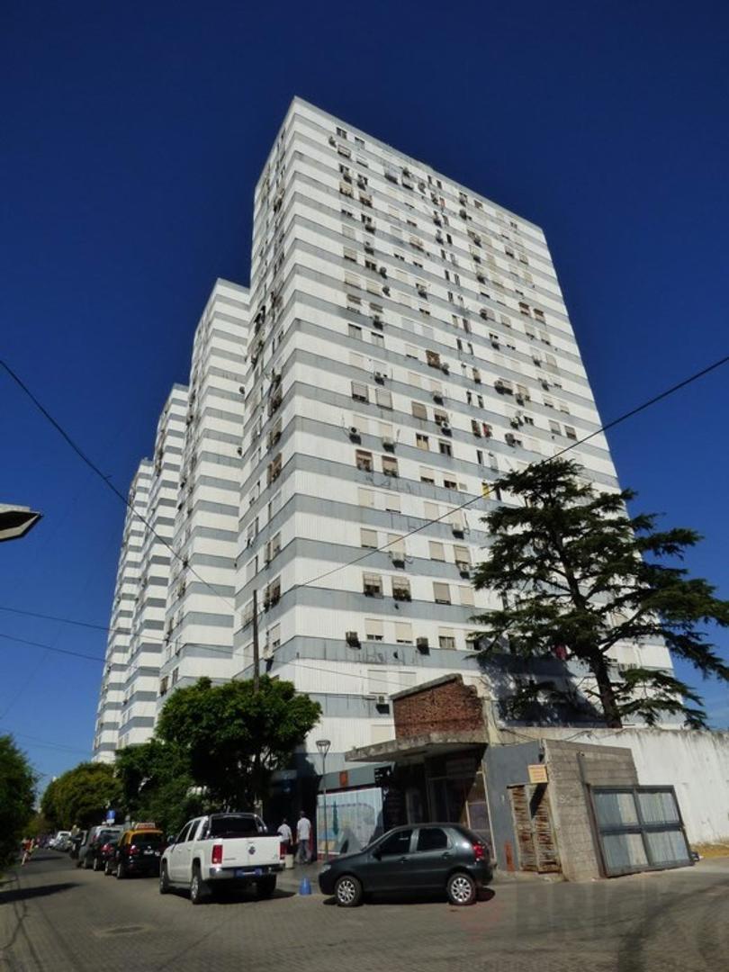 Departamento - Venta - Argentina, Capital Federal - INCLAN  AL 4200