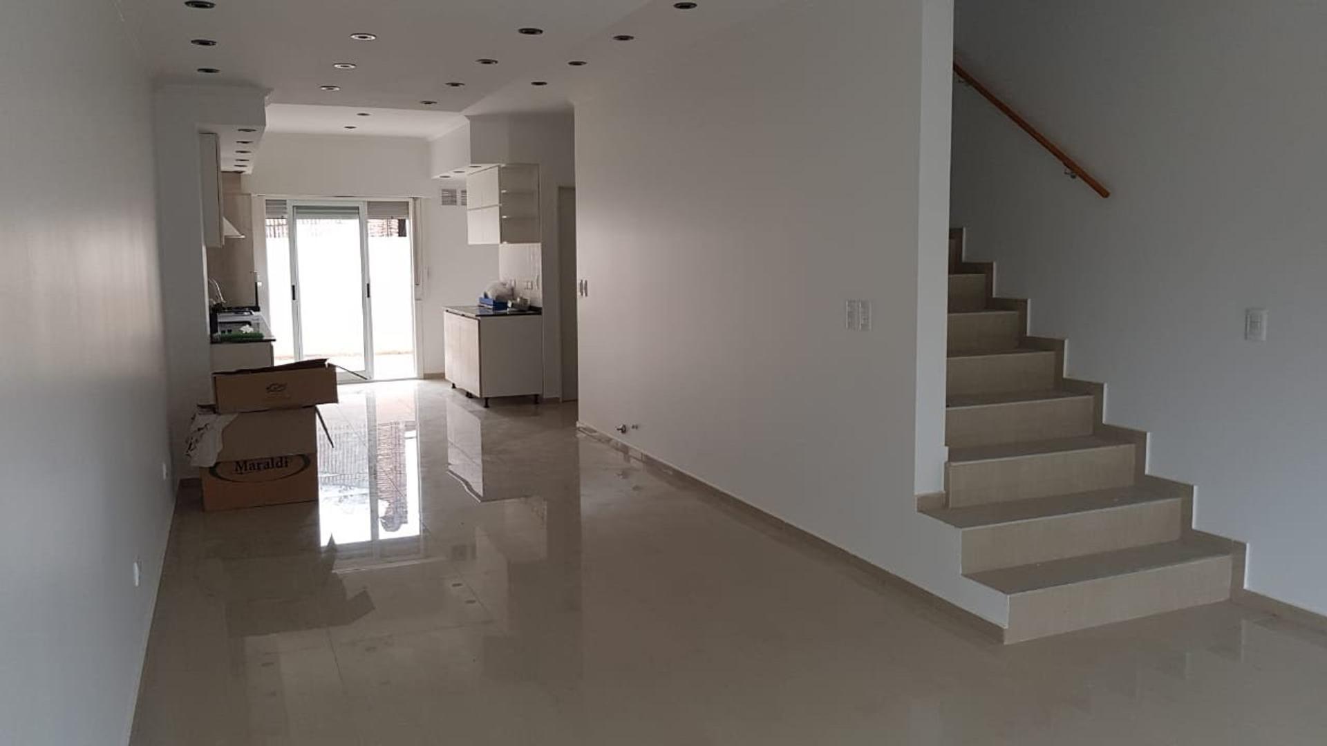 MARCOS SASTRE 4800 - 4 ambientes con cochera