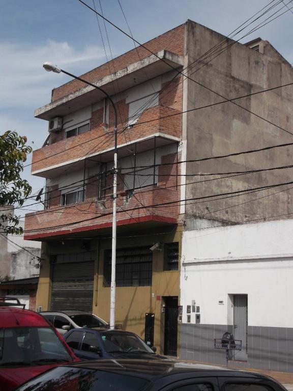 Alquilo duplex en 1º piso