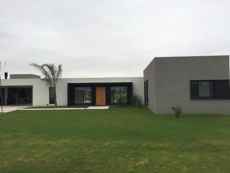 Casa en Venta en Estancia Villa Maria - 5 ambientes