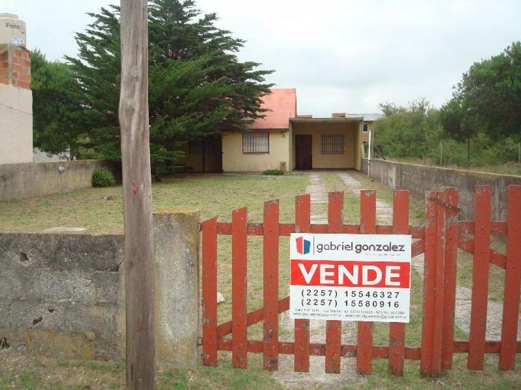 Se vende casa en lote propio