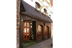 Ideal CLÍNICA o APART HOTEL , EXC UBUCACION frente al Htal. Durand Eleodoro Lobos al 700