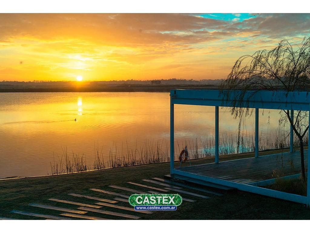 Lote financiado en Acacias vista al lago