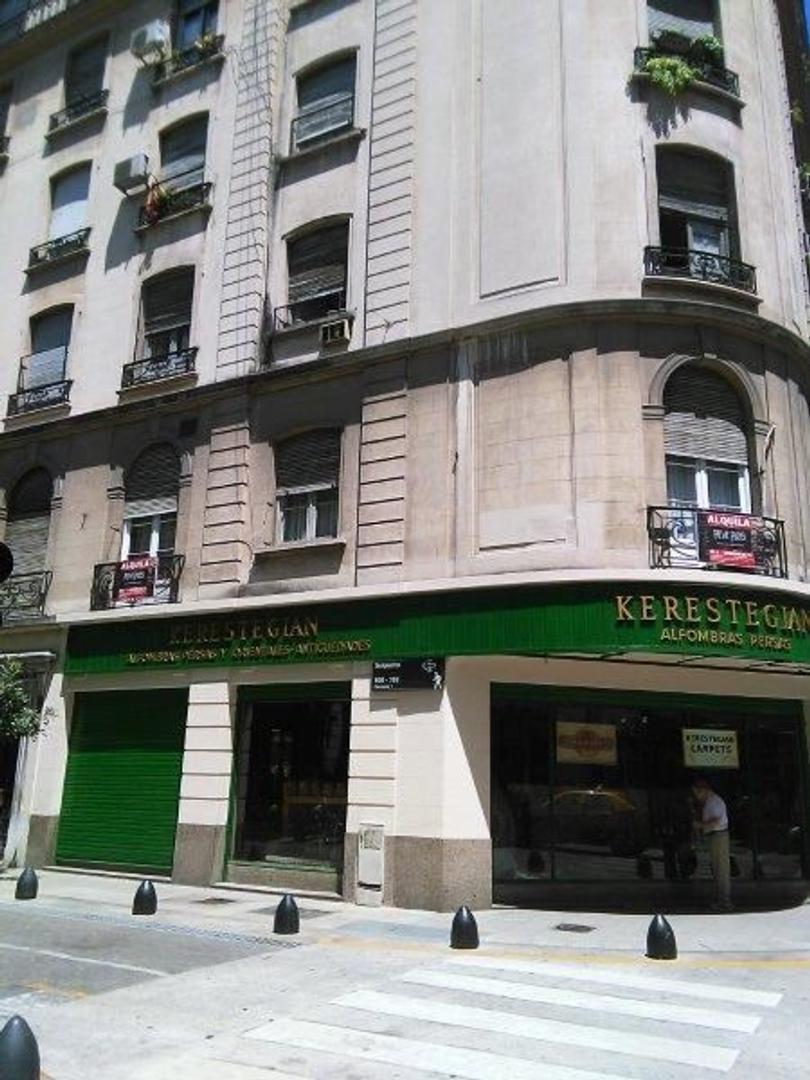 Suipacha y Viamonte excelente edificio antiguo, depto p/ reciclar con excel. materiales de construcc