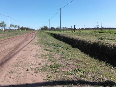 Lotes en Saladillo, uno en barrio de chacras Los Aromos, otro en Altos del Sol, zona de quintas