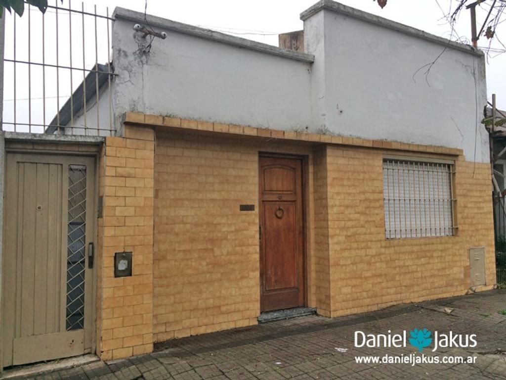 Casa en venta ubicada en calle 49 entre 28 y 29, La Plata, Daniel Jakus Propiedades