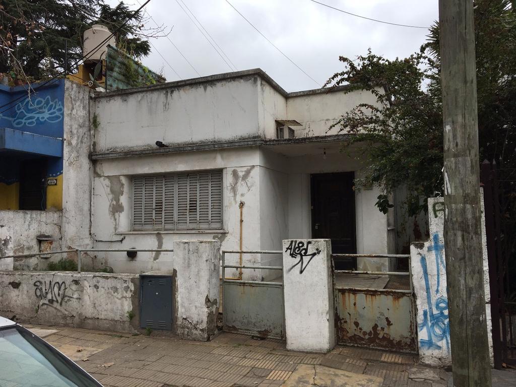 Venta Casa + Lote -  LOTE 410 m2 - 7.12 x 57.70