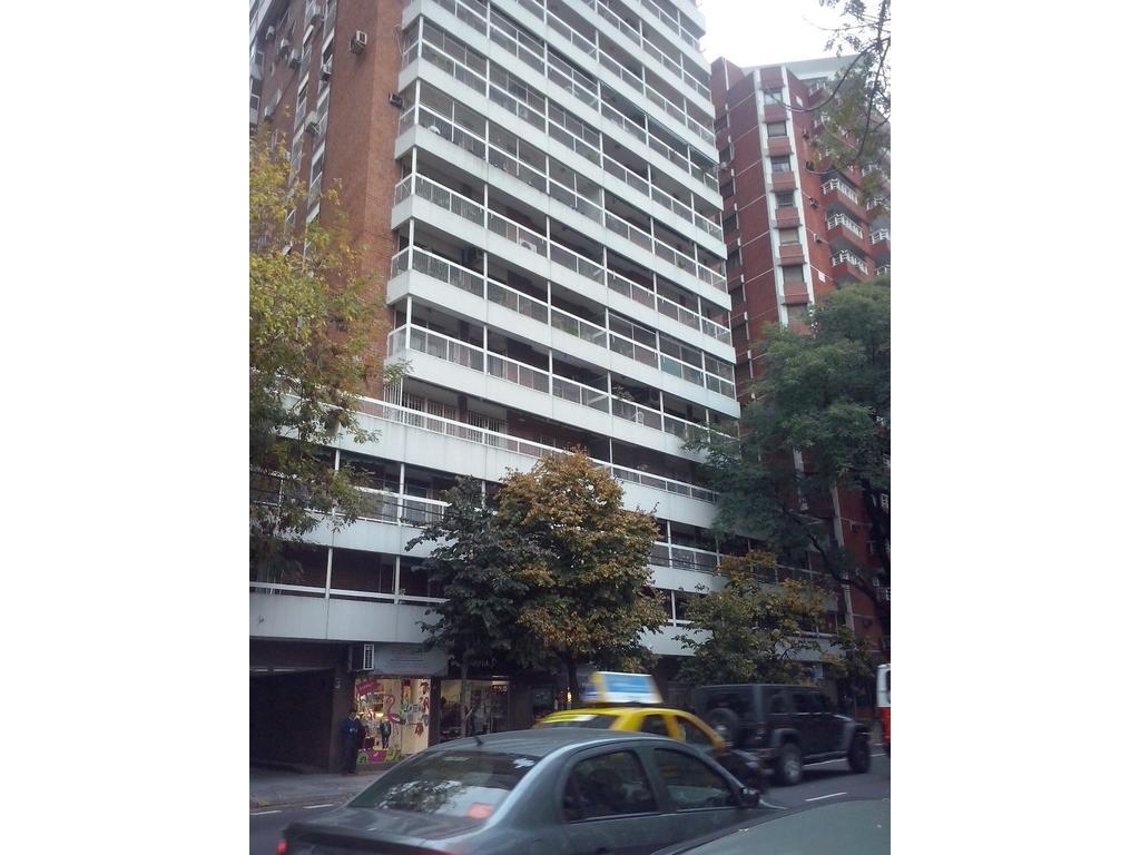 ALTO PALERMO - Frente Pza Las Heras - 2dorm c/dep - 2bños - Toilette- Lavadero- Cochera- Ciustodia-