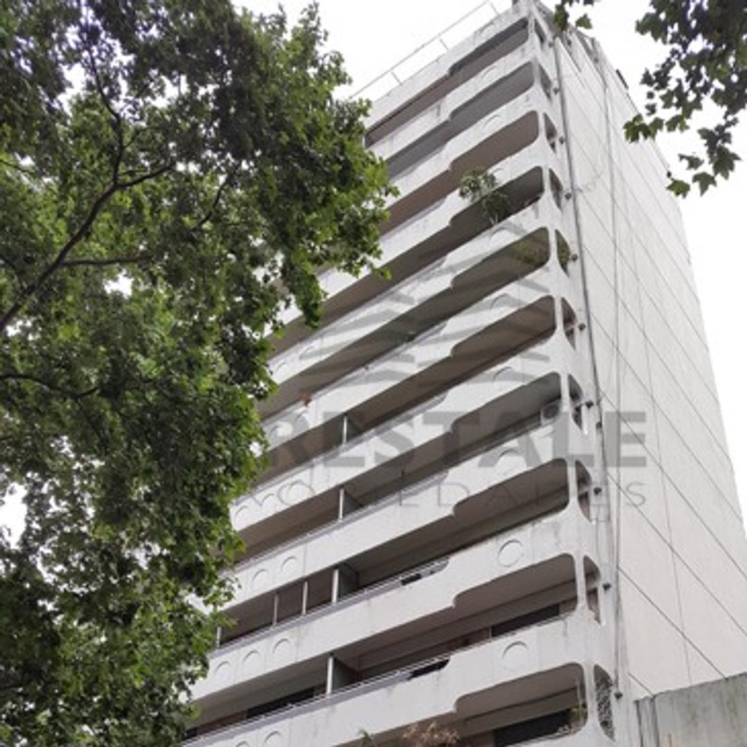 Pasaje Alvarez y Presidente Roca - Departamento 4 dormitorios a la venta