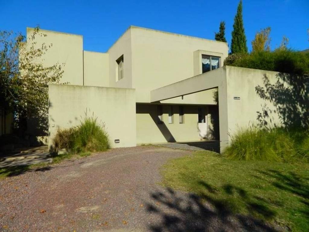 Casa al rio en venta en el barrio Santa Catalina Lote Nº 499, Villa Nueva, Tigre