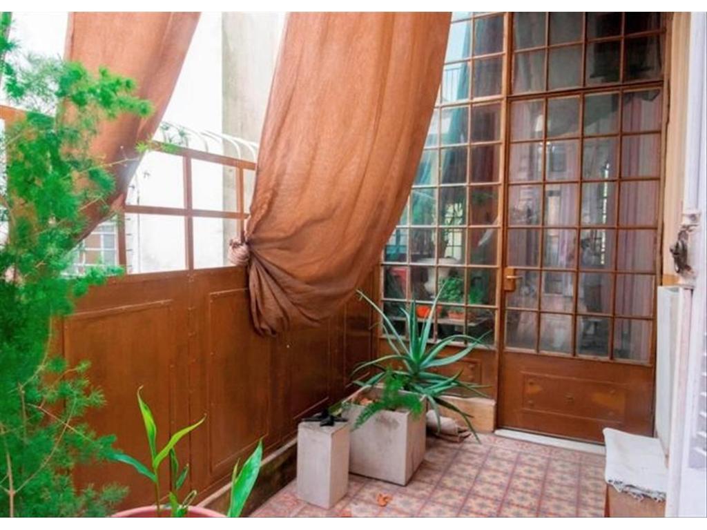 Departamento Tipo Casa en Venta 5 Dormitorios