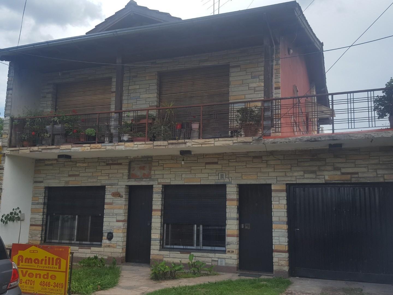 Casa en Venta en Don Torcuato - 6 ambientes