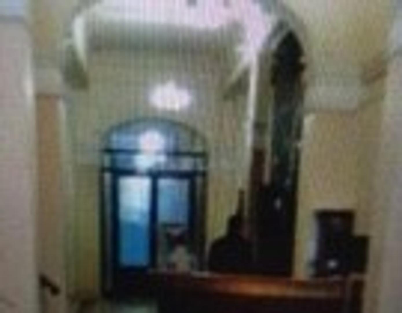 alquiler oficinas en microcentro En el emblematico edificio mihanovich, oficina de 317 M2. Recepcion