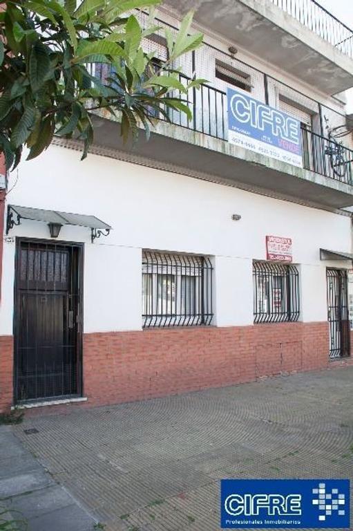 PH  AL FRENTE -7 AMB -CON TERRAZA Y QUINCHO   (SUC. URQUIZA  4521-3333)