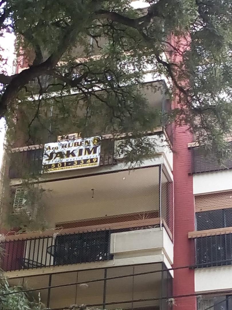 Departamento en Alquiler en Villa Pueyrredon - 6 ambientes
