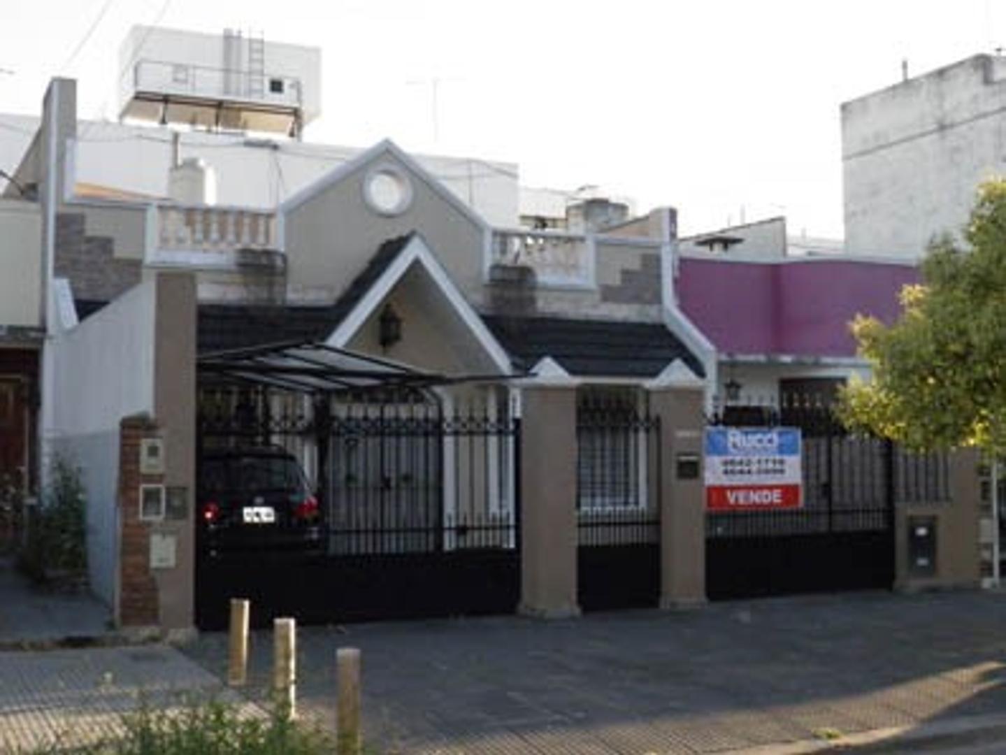 Casa en Venta en Liniers