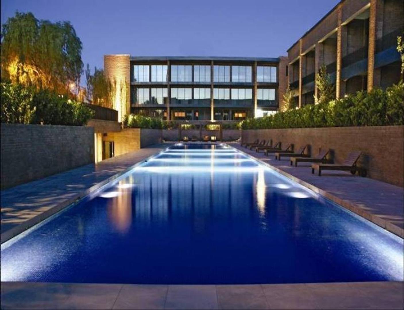 Sin Isidro Loft- Departamento de tres ambientes con terraza propia.