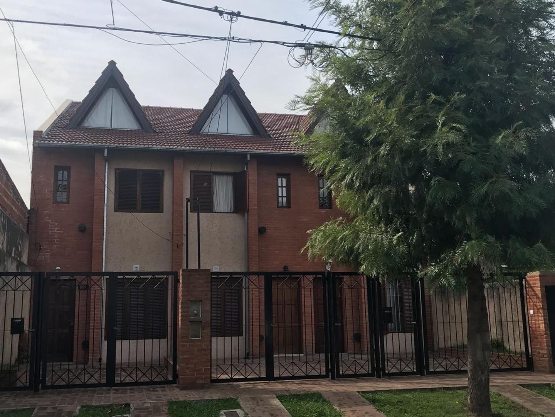 Alquiler Dúplex Belgrano 866