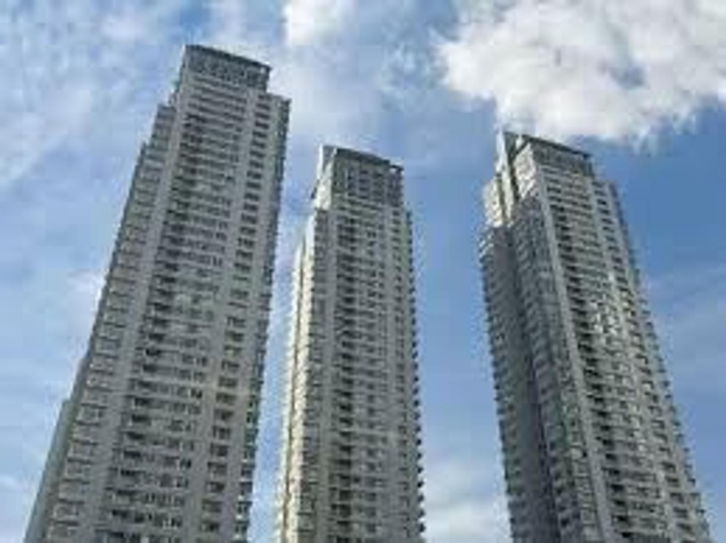 Precioso departamento, torre parque. Piso alto. Coch y baul. Regias visuales