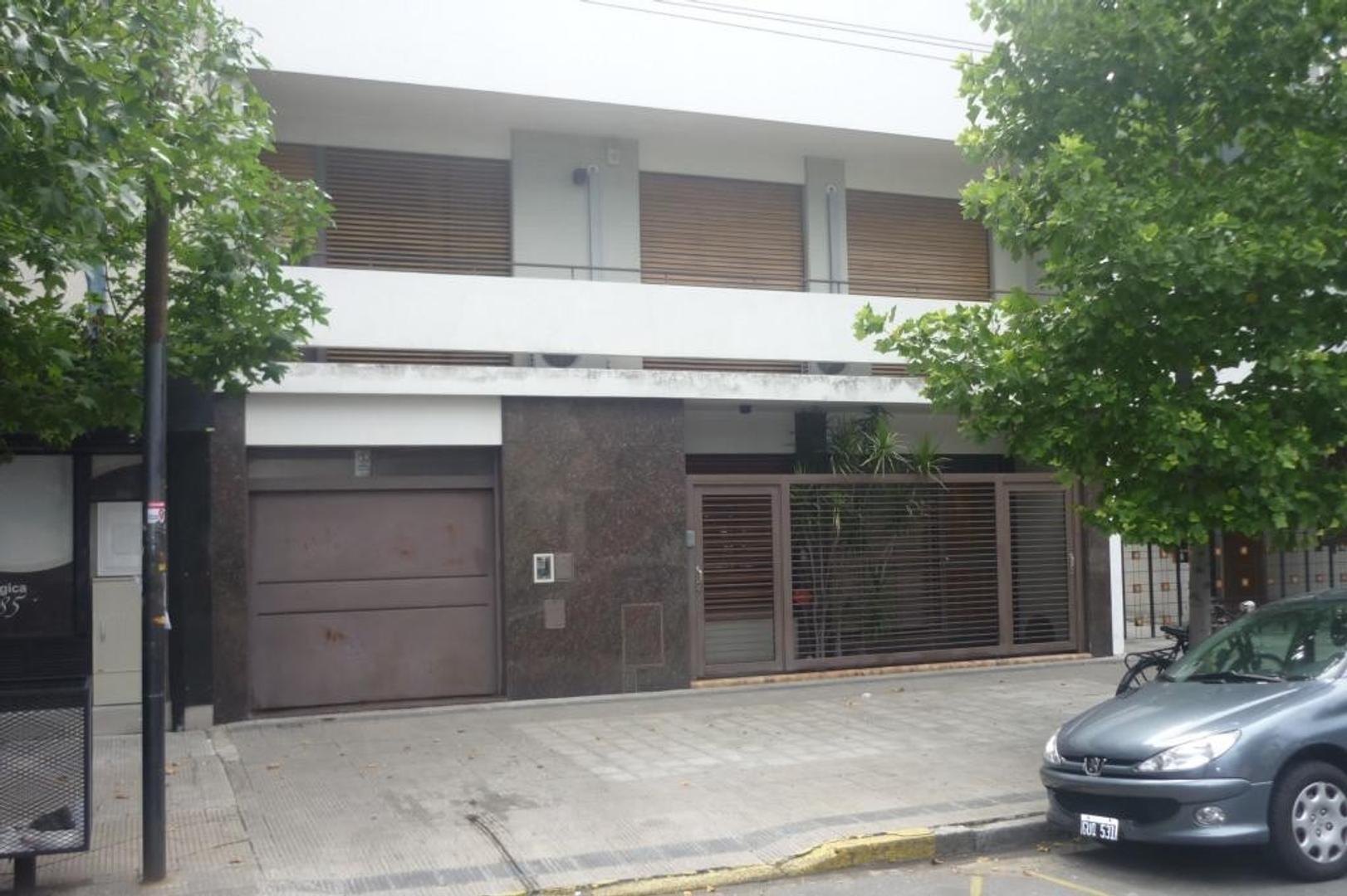 Casa en venta en La Plata Calle 13 e/ 45 y 46 Dacal Bienes Raices