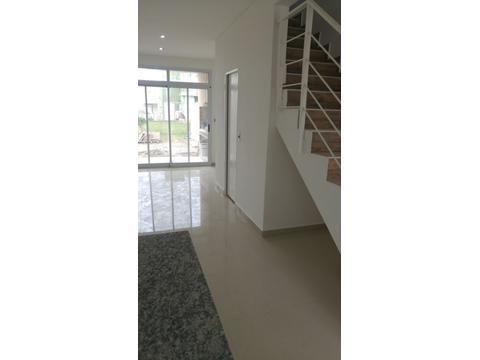 Duplex Barrio Nuevo Quilmes Lote Externo