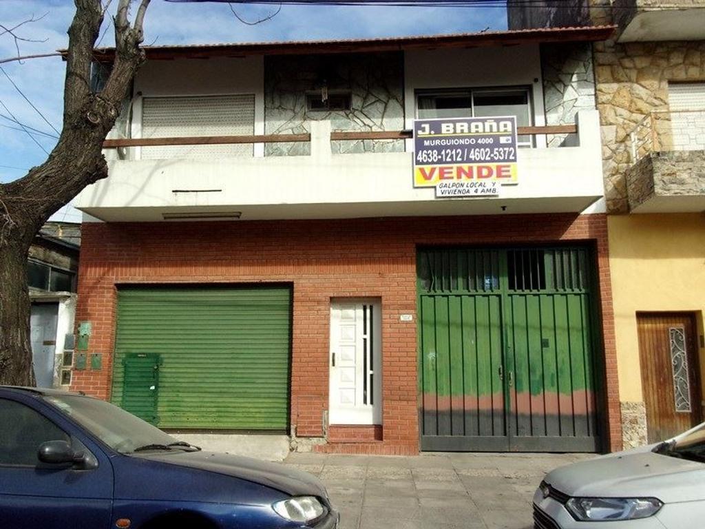 Casa en venta de 5 ambientes con galpón y local sobre Basualdo al 3200
