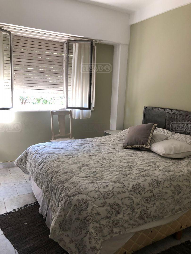 Casa en Nuñez con 6 habitaciones