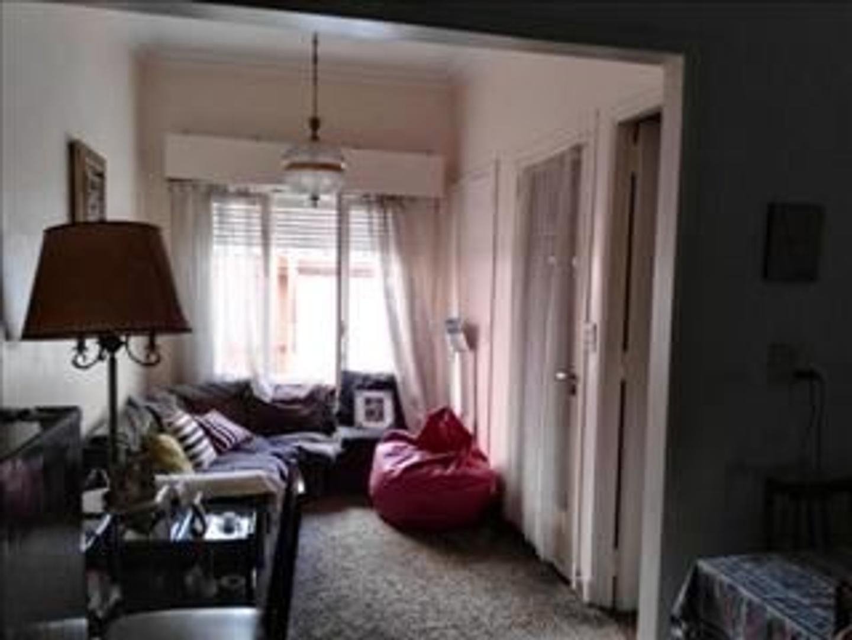 Venta  Departamento Tipo Casa 3 ambientes-Sin expensas -terraza propia -frente